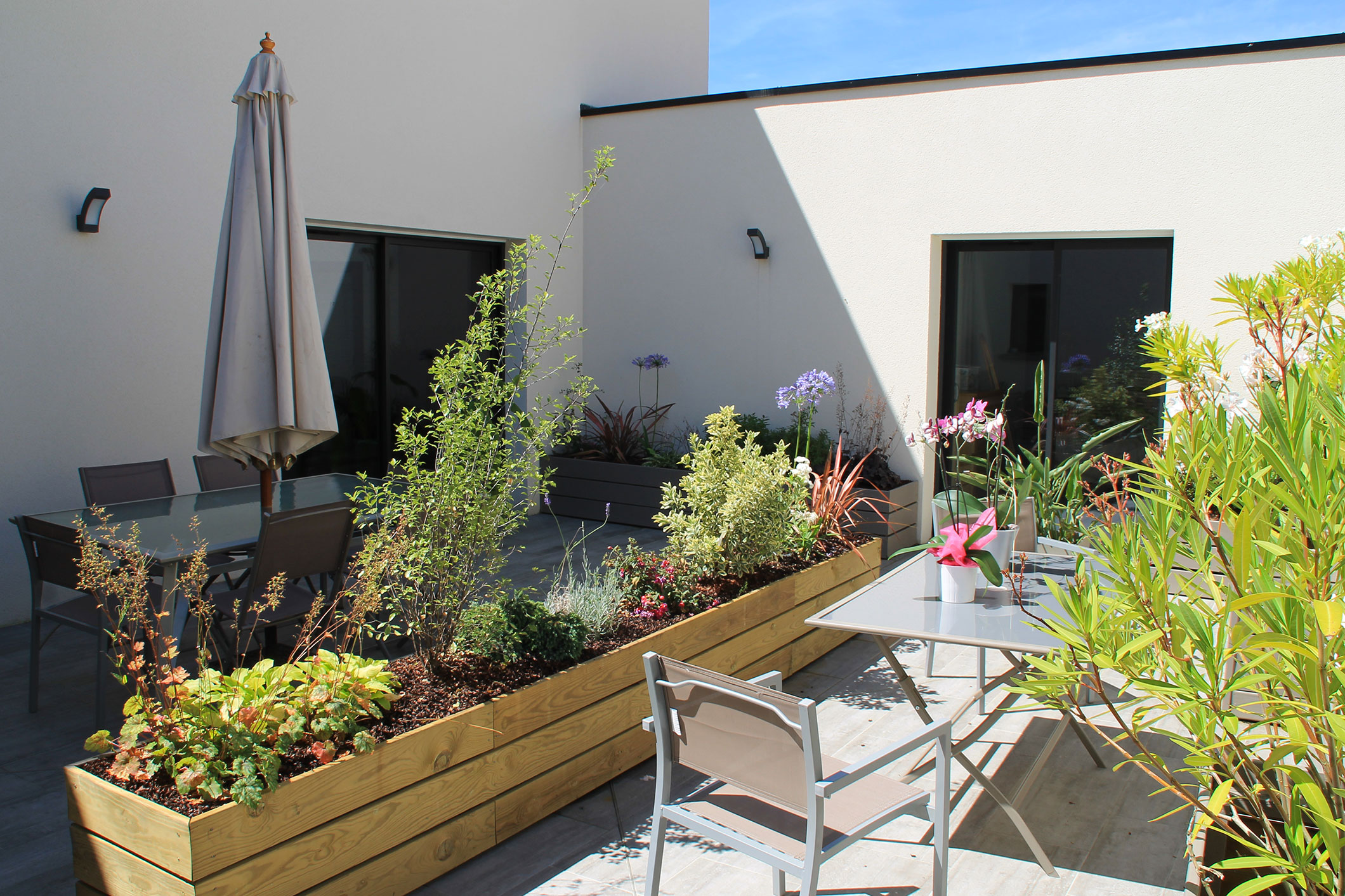 Am nagement ext rieur maison orl ans loiret 45 hegy paysage for Amenagement jardin orleans